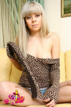 Zelinda live escorts Chelmsford, UK